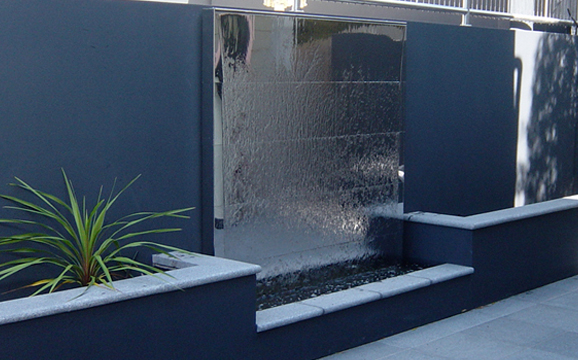 Jass design mirror wall ux enlarged water features for Water wall plans